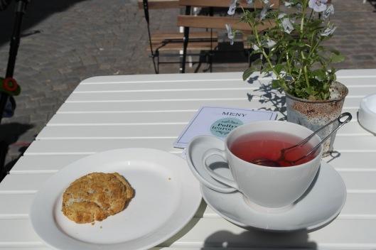 Kafémys på Pollys Tearoom i Gågata :)